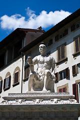 Firenze, Monument of Ludovico di Giovanni de' Medici (madamasu) Tags: monument italia firenze leicaxvario