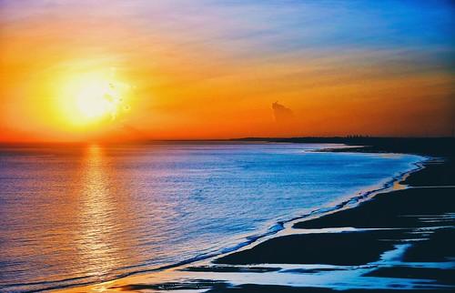 Nascer do sol visto da janela do Hotel Luzeiros .  São Luís, Maranhão