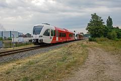 Doetinchem Arriva 262-368 naar Arnhem (Rob Dammers) Tags: netherlands train diesel zug trein achterhoek doetinchem arriva gazole ochtendspits breng