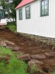 Lagfæringar á kirkjugarði 2006