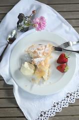 kpr kpr (g2graphics) Tags: apple cinnamon pastry strudel baklava