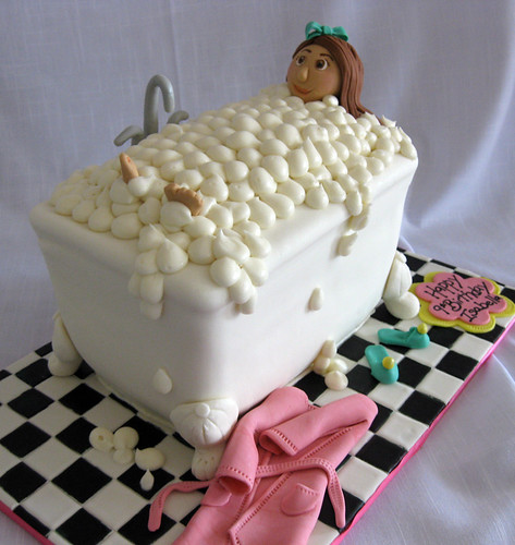Bubble Bathtub Spa Cake