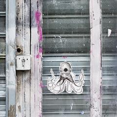 Smot [2014] (Ruepestre) Tags: street streetart paris france art pieuvre poulpe scaphandre smot