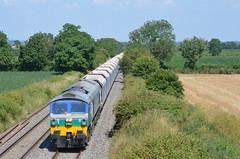 Mendip Rail 59005 passes Edington 24.07.14 (NMBS 5111) Tags: diesel trains bahn ferrovia edington aggregateindustries class59 stonetrain ukrailways 59005 mendiprail engelsetreinen trainsanglais britischezuege