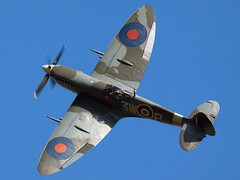 Spitfire (Huw Hopkins LRPS Photography) Tags: lf spitfire 16 mk supermarine xvi 16e lf16 mkxvi xvie lf16e mkxvie mk16 lfxvie lfxvi rw382 mk16e