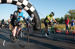 2014Sub5Century-1243 (sub5_photo) Tags: road bike bicycle century start paul cycling illinois team ride country hampshire il foundation metric research cycle finish 100 miles ruby rider challenge mile sub5 parkinsons riders peloton paulrubyfoundationorg
