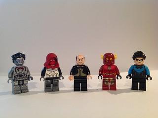 DC Figures 10