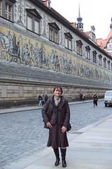 Fürstenzug (Marie-Christine.TV) Tags: feminine transvestite lady mariechristine tgirl tguel secretary skirtsuit businesssuit sekretärin kostüm