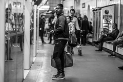 Fashion week... Everyday (::Lens a Lot::) Tags: mamiya sekor sx 85mm f17 1974 | 8 blades iris m42 paris 2017 black white streetphotography street photography bw portrait candid metro subway gate station wide open bokeh depth field fixed length vitage prime manual classic japanese primme lens noir et blanc monochrome intérieur personnes profondeur de champ trottoir auto