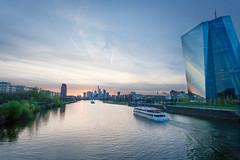 Frankfurt Skyline 4 (andy.konrad) Tags: architektur blauestunde frankfurt gebäude hessen hochhaus main mainhattan skyline sonnenuntergang stadt