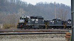 Norfolk Southern #3091 & slugs #921 & #941 (brutus61534) Tags: railroad train tracks locomotive engine norfolk southern 3091 slug 921 941 railyard