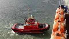 Tiaki (boeckli) Tags: newzealand water wasser ship catchycolours wellington tug tugs schiff schlepper tiaki
