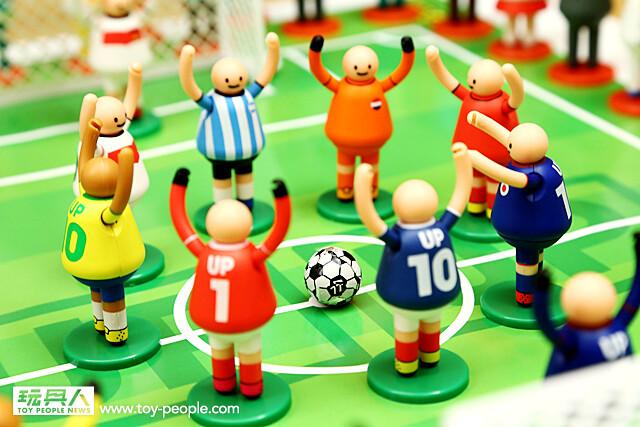 【得獎名單公佈!】2014 瘋世足!~舉牌小人立體公仔 第三彈「世界足球系列」   玩具人Toy People News