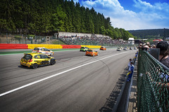 World Series By Renault - Spa-Francorchamps (Freddy Pacques) Tags: world cup by race start canon landscape rear clio before line renault l 5d series usm spa f28 francorchamps 2470mm