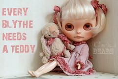 EVERY BLYTHE NEEDS A TEDDY!