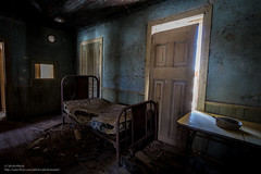 While in the darkness, there will be no rest (photoMakak) Tags: house canada abandoned canon bed bedroom quebec decay lit maison chambre derelict canonef1740mmf4lusm ruraldecay 6d abandonn ruralexploration chambrecoucher rurex ruralquebec qubecrural canon6d ruralexplorer photomakak