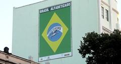 Brasil alfabetizado (Rctk caRIOca) Tags: rio de janeiro centro praa onze