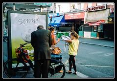 Liberté (Maestr!0_0!) Tags: street leica people urban paris film bike bicycle 35mm candid scan epson rue vélo argentique negatif minilux argentic v700 sempé