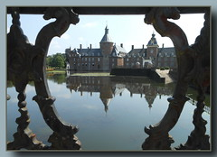 Schloss Anholt ... (Kindergartenkinder) Tags: wasserburg schlossanholt kindergartenkinder