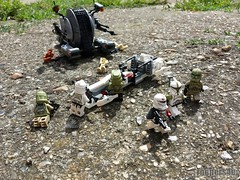 """Gunz: """"Sir, we'll slow this tank droid down while you head for safety. We'll be right behind you."""" (Troopers4u) Tags: starwars lego stormtroopers stormtrooper legostarwars sandtrooper clonetrooper clonetroopers sandtroopers legominifigures commanderneyo legography"""