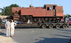 Ivatt 41313 - Arrives at Fishbourne from Quainton (JeffLayf) Tags: fishbourne ivatt 41313 iwsr ivatttrust