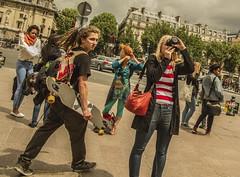 Parigi *(Paris ) (Mario Leclere) Tags: street people paris tower photography photo torre gente mario eiffel parigi leclere