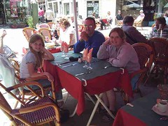 mot-2006-remoulins-pic_0031_lunchtime_800x600