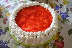 Mother's Day cake (Claudia De Facci) Tags: food cake dessert strawberries whippedcream desserts dolce torta cibo mothersday fragole festadellamamma pannamontata mothersdaycake