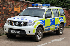 Ministry of Defence Police Nissan Pathfinder Response Vehicle (PFB-999) Tags: car mod nissan offroad 4x4 ministry police 4wd vehicle leds hull beacons emergency defence grilles response pathfinder unit lightbar rotators eu57kvd