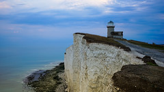 Vertigo (TanzPanorama) Tags: england whitecliffs cliffs lighthouse seascape waterscape coastline coast tanzpanorama sonya7ii sonyalpha a7ii fe1635mmf4zaoss variotessartfe1635mmf4zaoss travel flickr landscape landmark beachyhead ff belletout