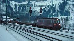 Re 4/4 (BLS + Basel) Tags: bls re44 re425 kandersteg lötschberg nordrampe eisenbahn fahrzeug zug lokomotive