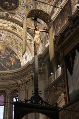 Krucyfiks (magro_kr) Tags: bergamo włochy wlochy italy italia lombardia lombardy kościół kosciol świątynia swiatynia architektura cathedral church temple architecture