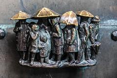 Rain again on Friday :-) (Elbmaedchen) Tags: sculpture raining bronze doorhandle türgriff lübeck marienkirche regenschirme menschengruppe marienkirchelübeck