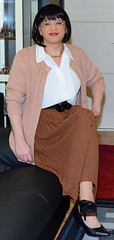 Birgit023835 (Birgit Bach) Tags: pleatedskirt faltenrock blouse bluse cardigan strickjacke