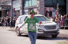 Minolta QTXi (phanot66) Tags: montreal kilt irish stecatherine parade stpatrick dancer cowboy minolta qtxi 35mm agfa 100 color film