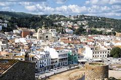 12:24 (JC Arranz) Tags: españa luz arquitectura ciudad nubes cataluña gerona edificios panoramica tossademar nikond3200 jcarranz