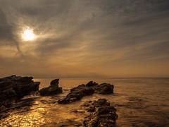 Rocky place (dayonkaede) Tags: rock ocean coast setting sun sunset wave nature landscape olympus em1markii m1240mm f28 settingsun