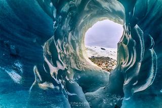Caverna de hielo - PN. Laguna Sn. Rafael (Patagonia Chile)