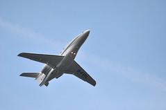 BOO611 (A380spotter) Tags: fab climb boo belly raytheon 06 departure takeoff farnborough 390 runway06 eglf climbout premier1a hawkerbeechcraft gfryl hawkairlimited boo611 bookajetlimited