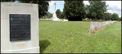 Bath blitz mass grave, Haycombe (Philip Watson) Tags: bath somerset graves blitz massgraves baedekerraids baedekerblitz haycombecemetery haycombecrematorium