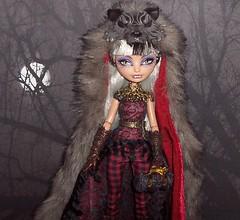 Cerise Wolf 2 (Veni Vidi Dolli) Tags: dolls mattel sdcc everafterhigh cerisewolf