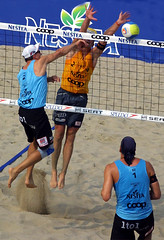 0014-fotogalerie-rv.ch (Robi33) Tags: show summer game sport ball court switzerland sand play action competition basel victory player beachvolleyball international block umpire viewers