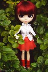 Miyuki got her obitsu !! (Dragonella~) Tags: red proud nikon doll dolls im hood pullip these bloody miyuki brh obitsu rewigged pulliprewigged d5100 pullipobitsu bloodyredhood pullipbloodyredhood dragonella pullipmiyuki