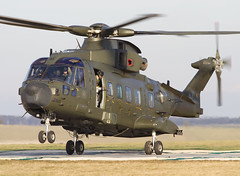 MERLIN ZJ99X AE CLOFTING IMG_2151+FL (Chris Lofting) Tags: merlin ae raf royalairforce netheravon spta zj998 egdn