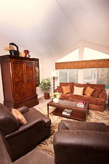 """Laurel Family Room • <a style=""""font-size:0.8em;"""" href=""""http://www.flickr.com/photos/126294979@N07/14794815500/"""" target=""""_blank"""">View on Flickr</a>"""