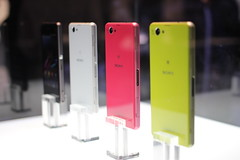 Sony Xperia Z2 and Xperia Z2 Compact smartphones