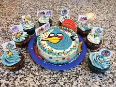 Angry Birds cake by Brenda, Santa Cruz, CA, www.birthdaycakes4free.com