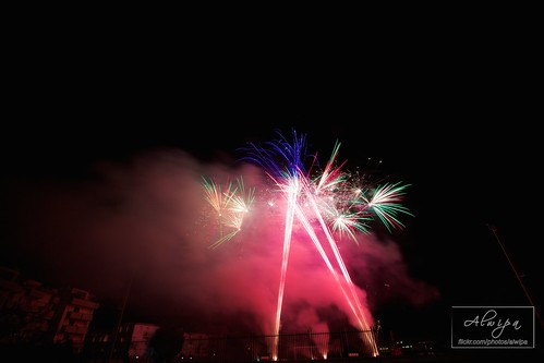 """Fireworks • <a style=""""font-size:0.8em;"""" href=""""http://www.flickr.com/photos/104879414@N07/15070074420/"""" target=""""_blank"""">View on Flickr</a>"""