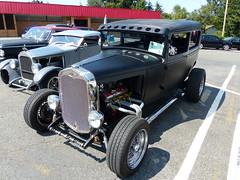 1930 Ford sedan (bballchico) Tags: 1930 ford sedan kensturgeon ratbastardscarshow ratbastardsinfestationcarshow 2014 206 washingtonstate