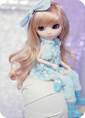 Pullip Shinku - Mili - By Mal ( MaL Pink  ) Tags: blue cute girl angel toy toys doll bonecas dolls child princess girly fluffy it planning blond malu kawaii glove groove pullip boneca mili milena jun gaiter shinku junplanning bymalu